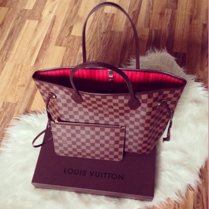 LV Neverfull with small Pouch