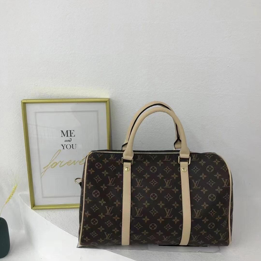 LV Travelling, Gym and Sports Bag